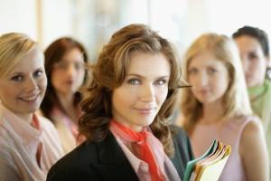 Как женщине руководить женским коллективом